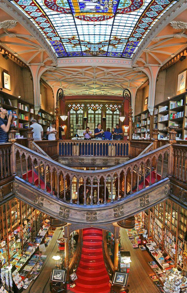 Accio Porto travel guidebook!